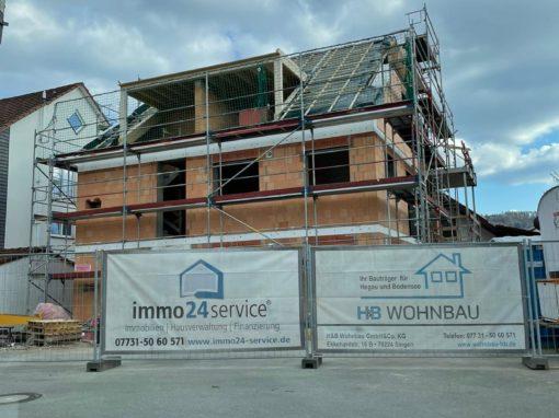 Arlen: Neubau großes modernes 3-Familienhaus